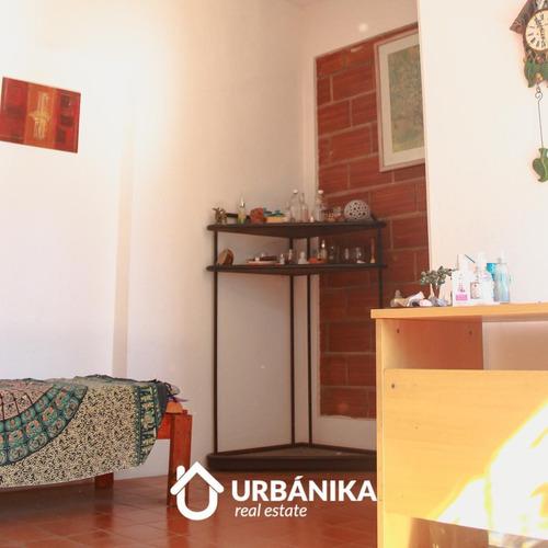 Imagen 1 de 30 de Casa Pasillo De 3 Dormitorios En Pleno Barrio Pichincha