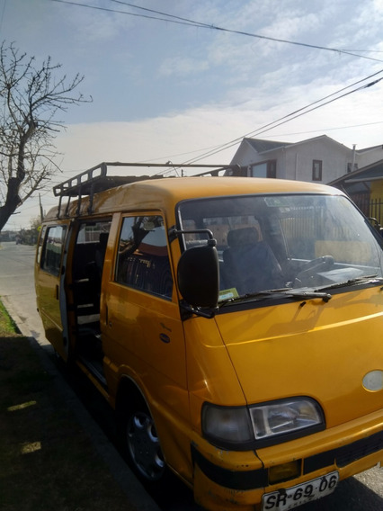 Minibus Asia Motors, Modelo Topic Año 1998
