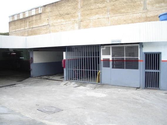 Venta De Galpón Av. Andrés Bello/ Código 21-7405/ M G