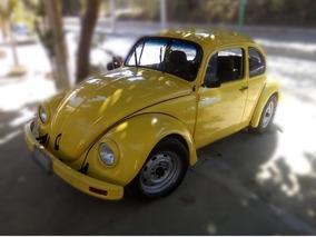 Volkswagen Clásico Amarillo