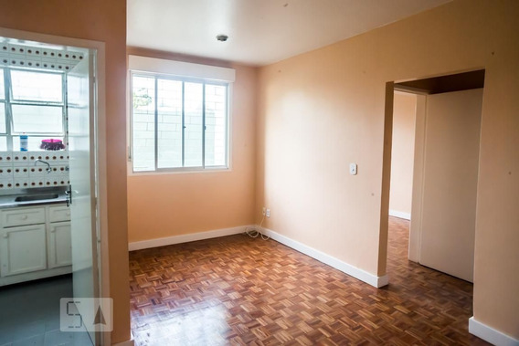 Apartamento No 1º Andar Com 1 Dormitório - Id: 892962492 - 262492