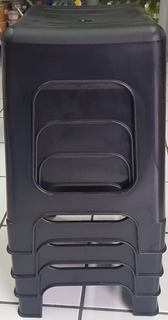 5 Bancos Confortables Fabricados En Plástico Reforzado