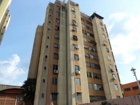 Venta De Apartamento En Centro, Lara