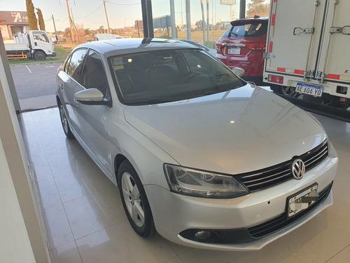 Imagen 1 de 9 de Volkswagen Vento 2014 2.5 Luxury 170cv