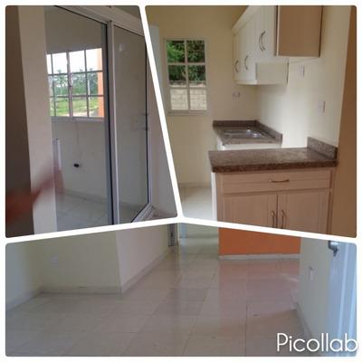 Casas De 3 Hab. 2 Baños Y Marquesina Cont. 829 323 9618