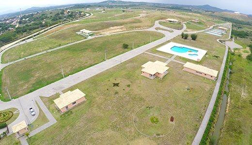 Terreno Em Um Dos Melhores Condominios De Araruama Collynas