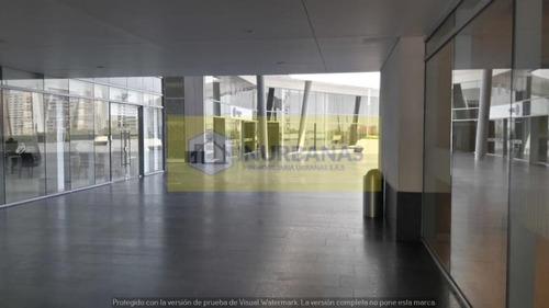 Imagen 1 de 17 de Oficina En  Arriendo