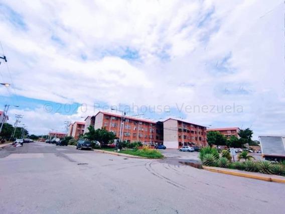 Exclusivo Apartamento En Madre Maria Mm 20-24044