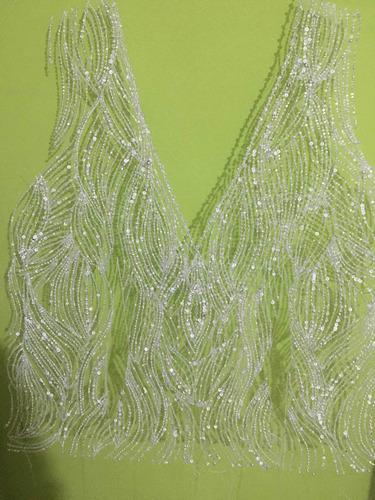 Imagem 1 de 5 de Faço Bordado Para Noivas E Vestidos De Festas