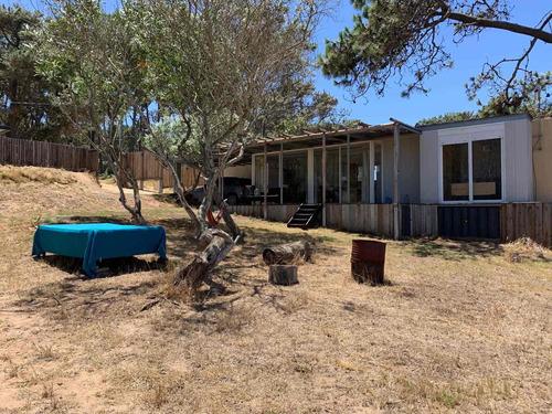 Casa De Un Dorm. +garage+parrillero A Pasos De La Playa