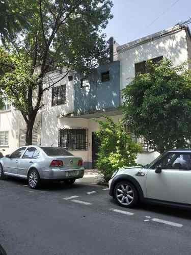 Casa En Venta Calle De Cholula En La Col Condesa