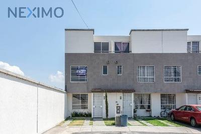 Casa A La Venta En Paseos De Lerma, Toluca