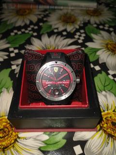 Reloj Ferrari Permuto Por Otro Reloj