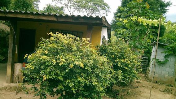 Chácara- Casa Com 4 Cômodos, Suíte E Varanda -