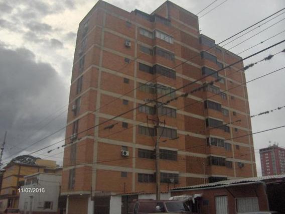 Apartamento En Alquiler Centro 20-19061
