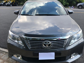 Toyota Camry 2.5 L4 At 2014