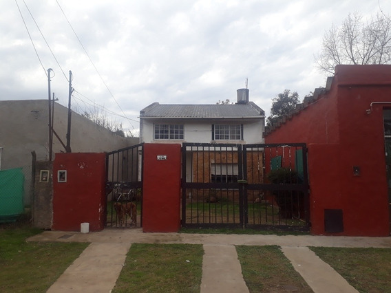 Vendo Hermosa Casa Con Local/ Departamento En Zona Oeste Tom