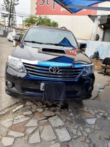 Toyota Sw4 Diesel 7 Lugares Srx 4 X 4 2015