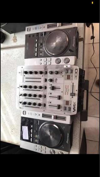 Cdj 200 Duas Peças+ Mixer Vmx 300