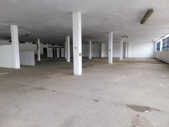 Alquiler Bodega En El Centro, Manizales
