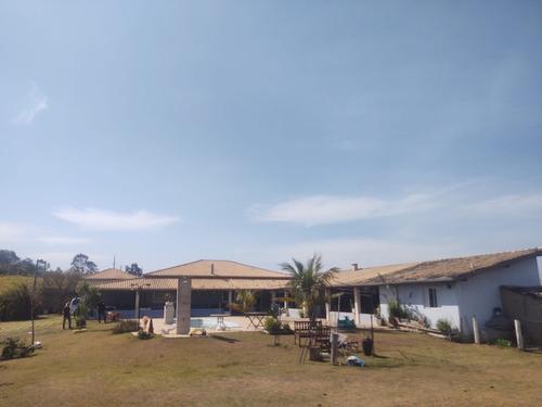 Chácara Com Área De 2.000 M², Casa Com 05 Dormitórios!!