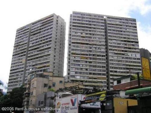 Imagen 1 de 11 de Venta De Apartamento En Bello Monte 20-1256