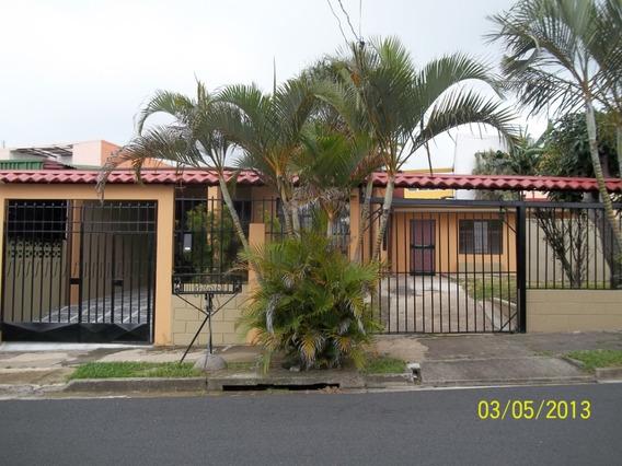 Se Alquila Casa En Barrio Ma. Auxiliadora Heredia