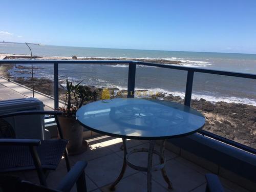 Encantador Penthouse Con Parrillero Propio, Frente Al Mar- Ref: 3718
