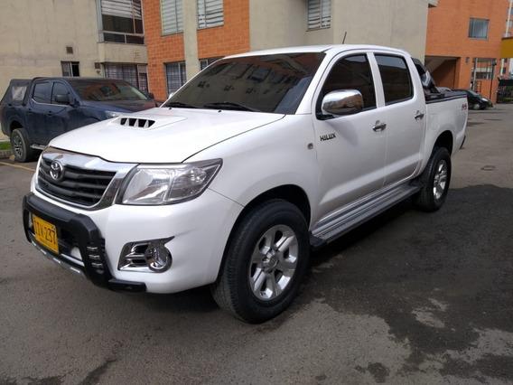 Toyota Hilux 2.500c.c 4x4 Diesel Full Equipo 2015
