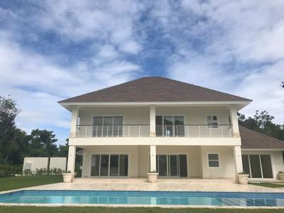 Vendo Villa De Lujo En Punta Cana 4hab/4.5baños 2300mts2