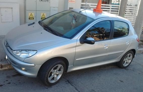 Peugeot 206 C/gnc Año 2011