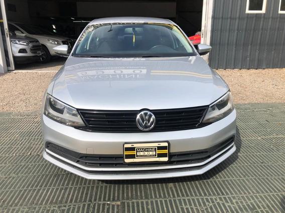 Volkswagen Vento 2.0 8v Advance Summer L/15 2016