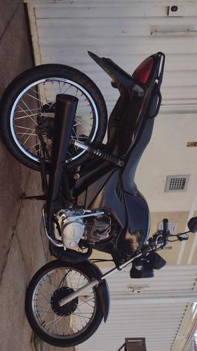 Imagem 1 de 6 de Honda 2010