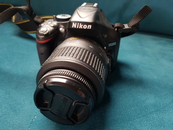 Camera Nikon D5200 + Lente 18-55mm * Pouco Uso