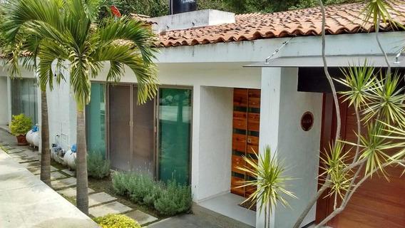 Venta De Casa Con Alberca Zona Centro
