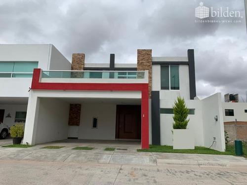 Imagen 1 de 12 de Casa Sola En Venta Victoria De Durango Centro