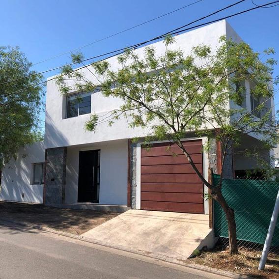 Se Vende Casa 3 Dormitorio En Estanzuela