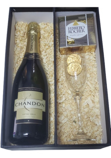 Champagne Chandon En Caja Con Copa - Villa Del Parque