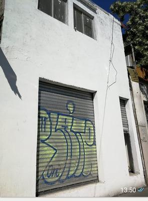 Local Dos Pisos ,4 Baños