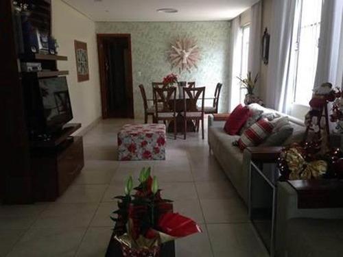 Linda Área Privativa No Ouro Preto : - 802