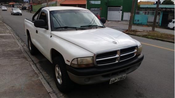 Dodge Dakota 2.5 Std 2p 2000