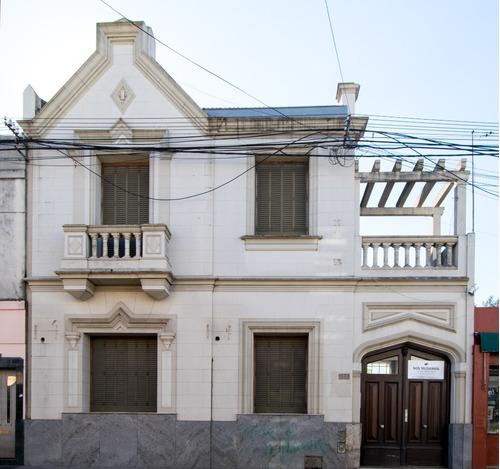 Imagen 1 de 11 de Casa Estilo En Barrio Histórico Apta Profesional O Comercial