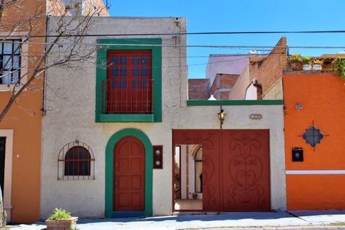 Vicente Araiza 140 La Lejona