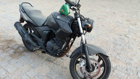 Escape Yamaha Fazer 250 2010 Limited Edition