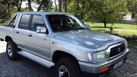 Toyota Hilux 3.0 4/2 Ano 2003 Completa