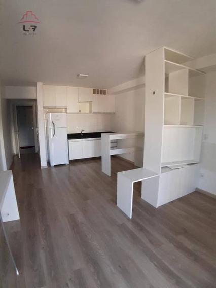 Studio Com 1 Dormitório Para Alugar, 33 M² Por R$ 1.490,00/mês - Centro - Curitiba/pr - St0050