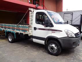 Iveco Daily 70c17 -caminhão 3/4 - Ano 2014