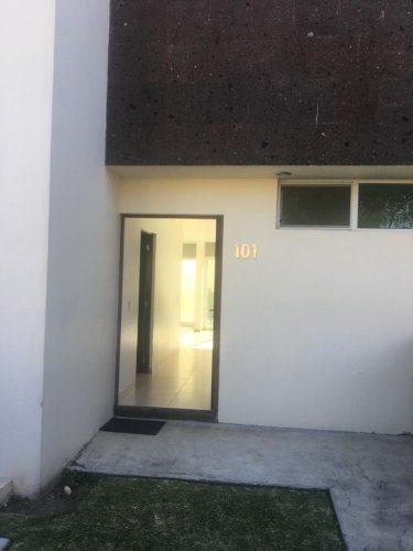 Casa En Renta En Av. Aviacion, Zona Real,cerca Del Tec