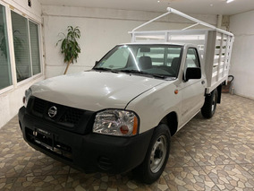 Nissan Np 300 Estaquitas Factura Original Unico Dueño