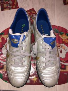 Total 90 Nike R9